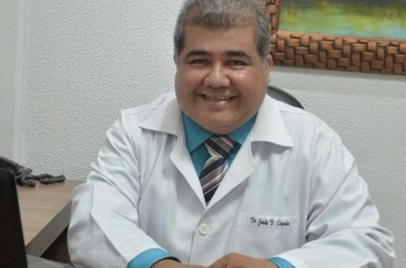 Médico que criou kit contra covid com hidroxicloroquina e remédio contra piolho e sarna morre de covid em MT