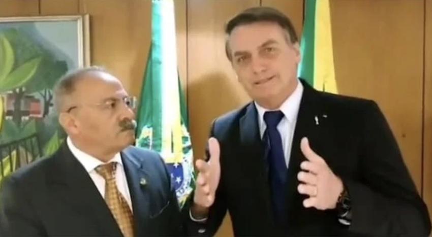 Primeira voadora de Bolsonaro será em vice-líder de seu governo, que foi pego com dinheiro da Saúde entre as nádegas, segundo a PF