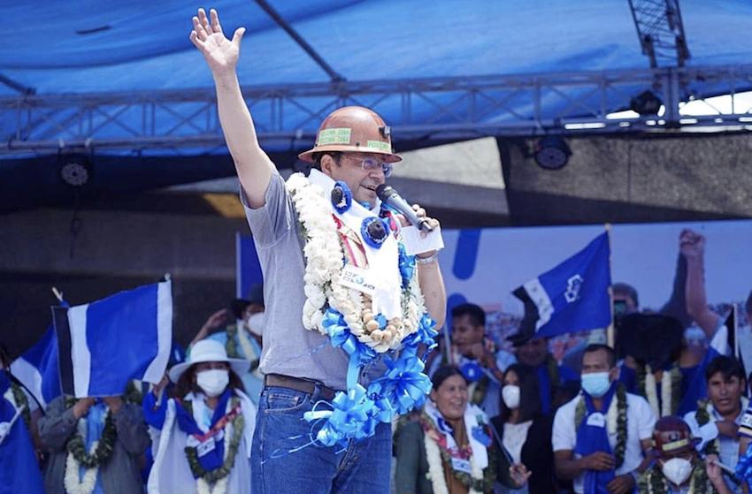 Quem é Luis Arce, que derrotou o fascismo na Bolívia de lavada