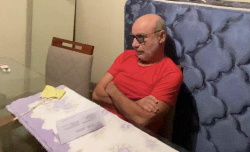 Depois de denúncia, Molon recolhe assinaturas para CPI do Queiroz