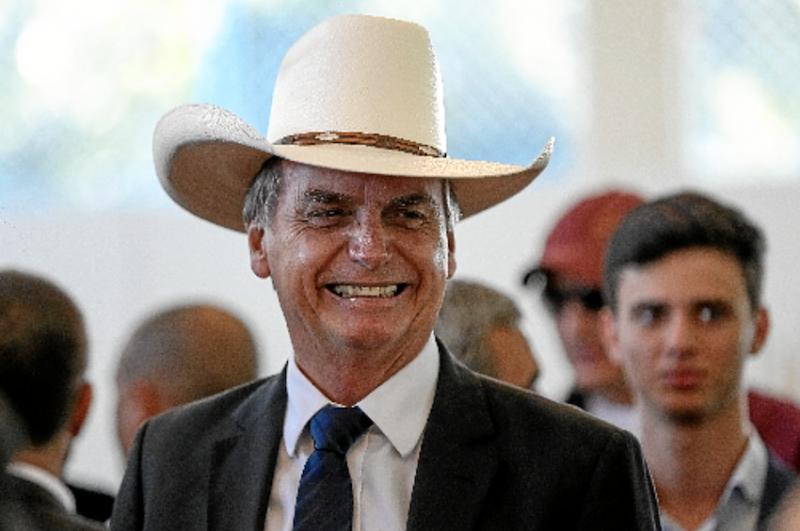 """Datafolha: Rejeição a Bolsonaro bate em 54%, e presidente tem """"núcleo duro"""" de 15%"""