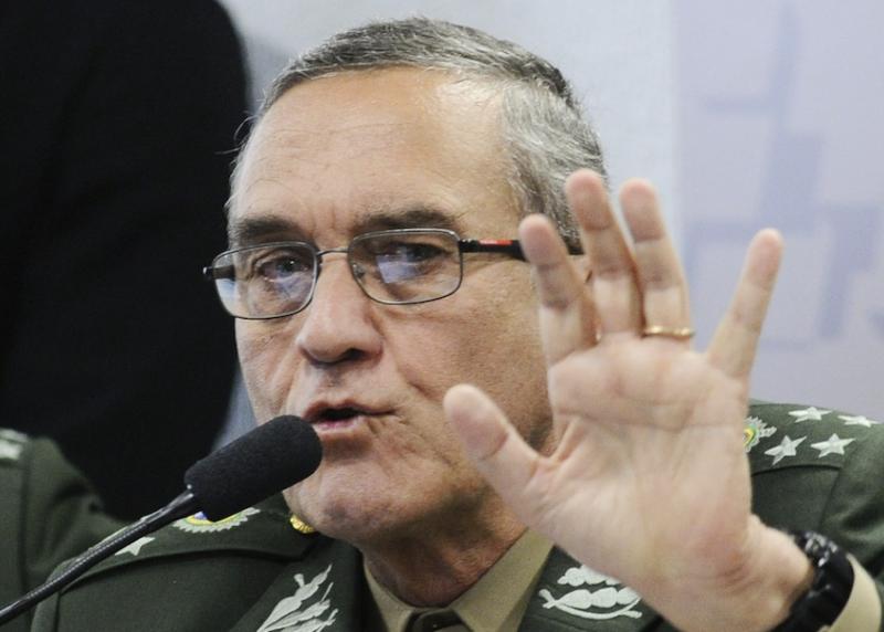 Jeferson Miola: O Exército como facção partidária antipetista