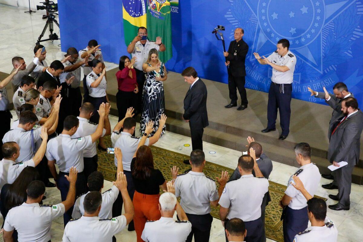 Pedro Galindo: Instituto sueco mostra que Brasil está entre os 10 países onde a democracia mais se deteriorou