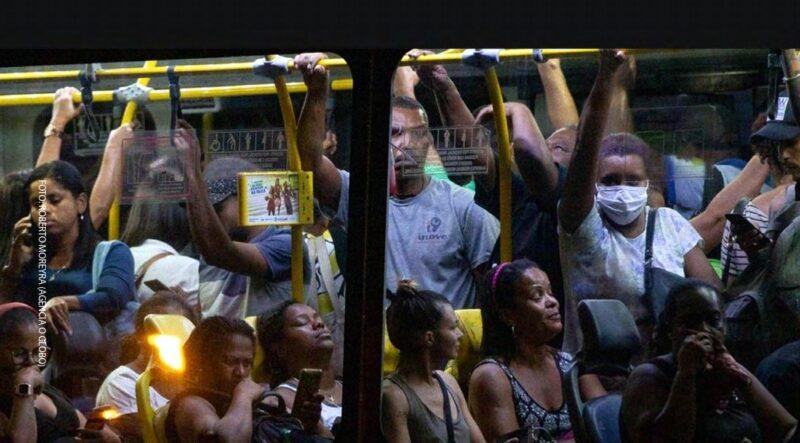 Pesquisadores da Fiocruz: Brasil enfrenta pior cenário da pandemia; transmissão do vírus nunca foi realmente reduzida