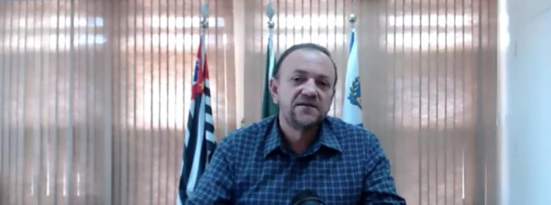 Apontado como exemplo pela Fiocruz, prefeito petista de Araraquara revela dados: internações cairam 30% e taxa de exames positivos, 62%