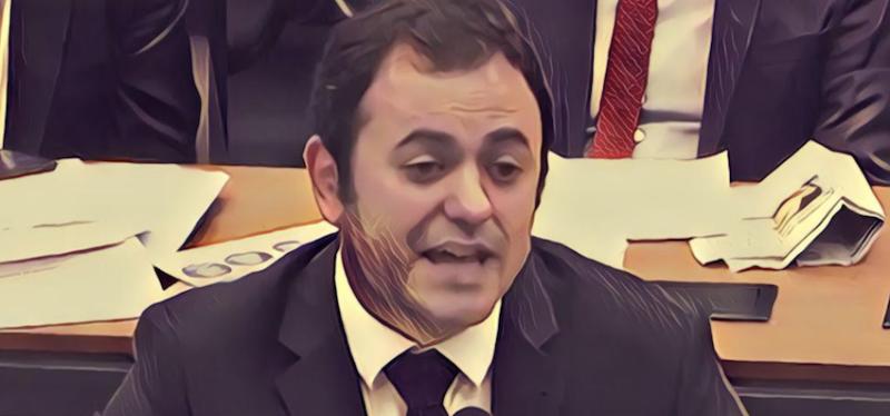 """Roberto Amaral homenageia a capacidade de Glauber Braga de antever futuro de Moro: """"O senhor vai estar nos livros da história como um juiz ladrão"""""""