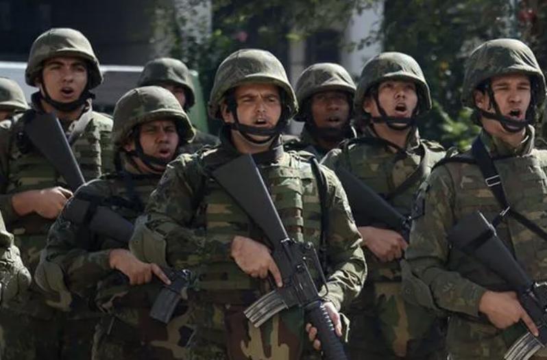 Partido Militar fez manobra diversionista para se afastar dos 500 mil mortos