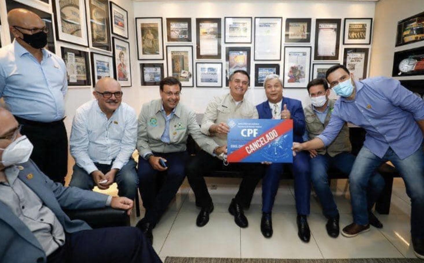 """""""É preciso denunciá-lo e acabar com ele"""", diz eurodeputado espanhol sobre Bolsonaro; vídeo"""