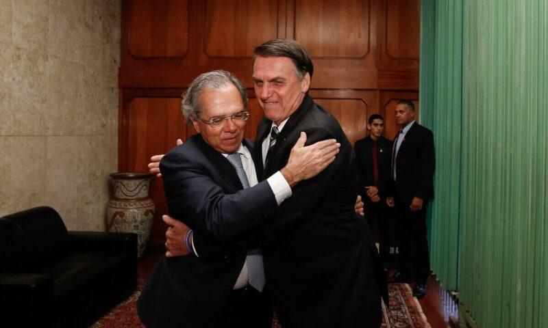 Rogério Correia: Entre vinhos e canapés, Bolsonaro e empresários ignoram as mais de 4 mil mortes diárias por covid; vídeo