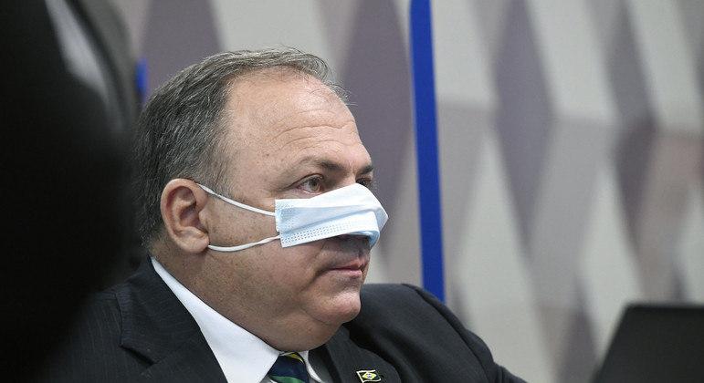 Luís Carlos Bolzan: Pazuello optou pela lealdade absoluta ao chefe em prejuízo dos brasileiros