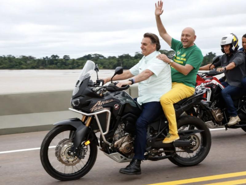 José do Vale: Cinco meses após Bolsonaro dizer 'estamos no finalzinho da pandemia', Brasil tem 4 vezes mais óbitos a cada mês