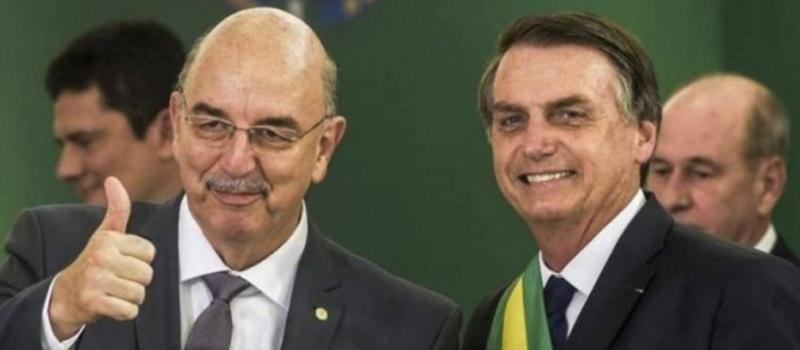 """Colunista revela ao mundo, no NY Times, o """"plano"""" de Bolsonaro na pandemia: 1,4 milhão de mortos"""