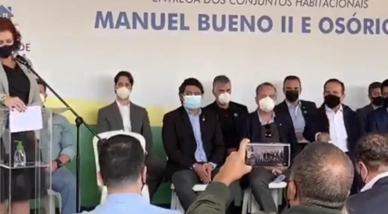 """Zambelli alfineta Doria por fechar comércio e toma troco: """"Bolsonaro destruiu vidas""""; vídeo"""