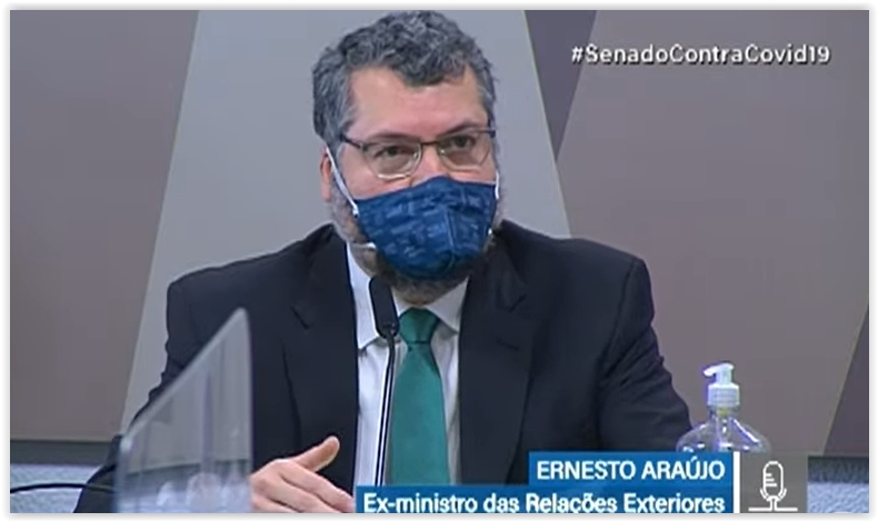 """O ex-chanceler Ernesto Araújo, o do """"comunavírus"""", depõe na CPI da Pandemia; acompanhe"""
