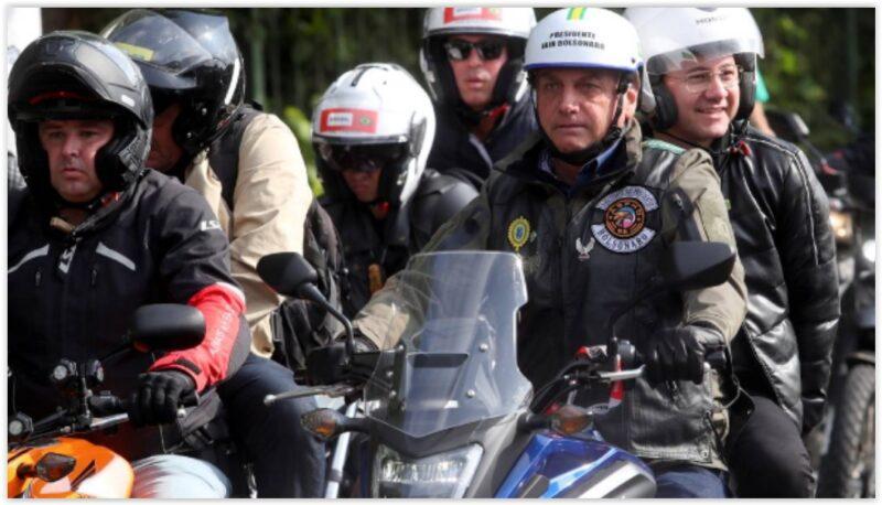 Petistas apresentam notícia-crime sobre passeio de moto de Bolsonaro em SP