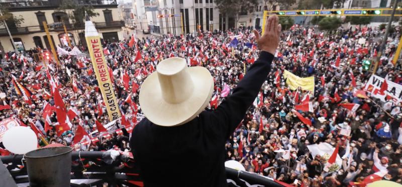 """Marcelo Brignoni: Esquerda com """"espelho europeu"""" foi derrotada pela luta anticolonial no Peru"""