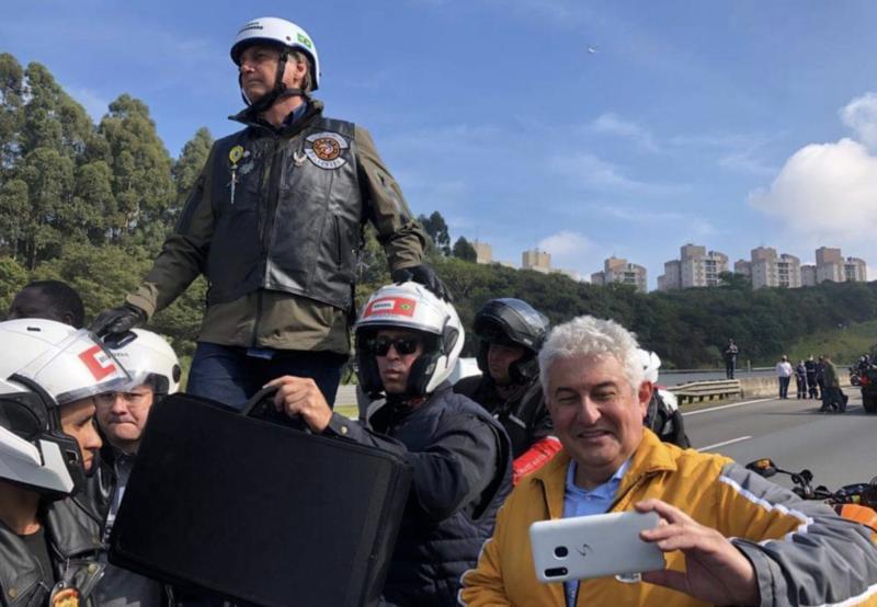 Lelê Teles: Sobre motoboi e motoboy