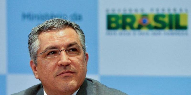 Ex-ministro Padilha alertou que emenda de Ricardo Barros permitia adiantar os R$ 220 milhões e perder o dinheiro; vídeo