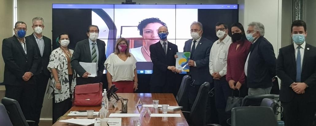 Conselho Nacional de Saúde reúne-se com Queiroga, cobra que ouça o controle social e entrega relatório; íntegra