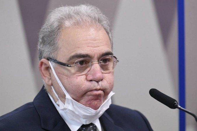 Conselhos de Secretários de Saúde rechaçam decisão de Queiroga de suspender vacinação de adolescentes contra covid; íntegra
