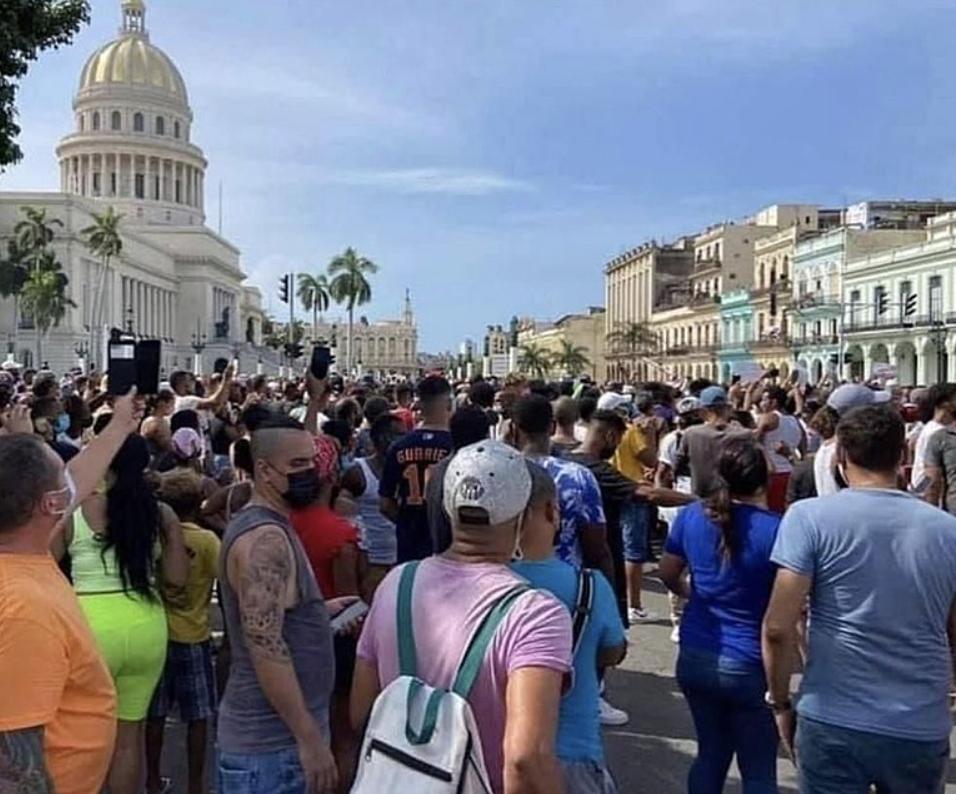 Apagões, inflação e pandemia: a verdade sobre a crise cubana, que tem origem no bloqueio econômico dos EUA