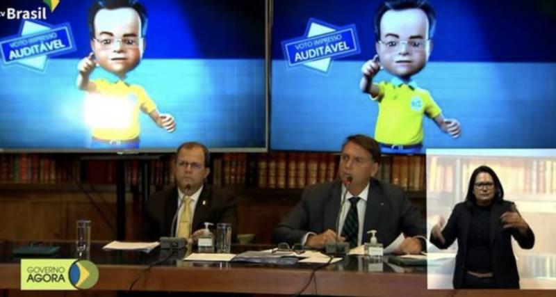 Live insana em meio a derretimento em pesquisas pode levar Bolsonaro a antecipar tentativa de golpe