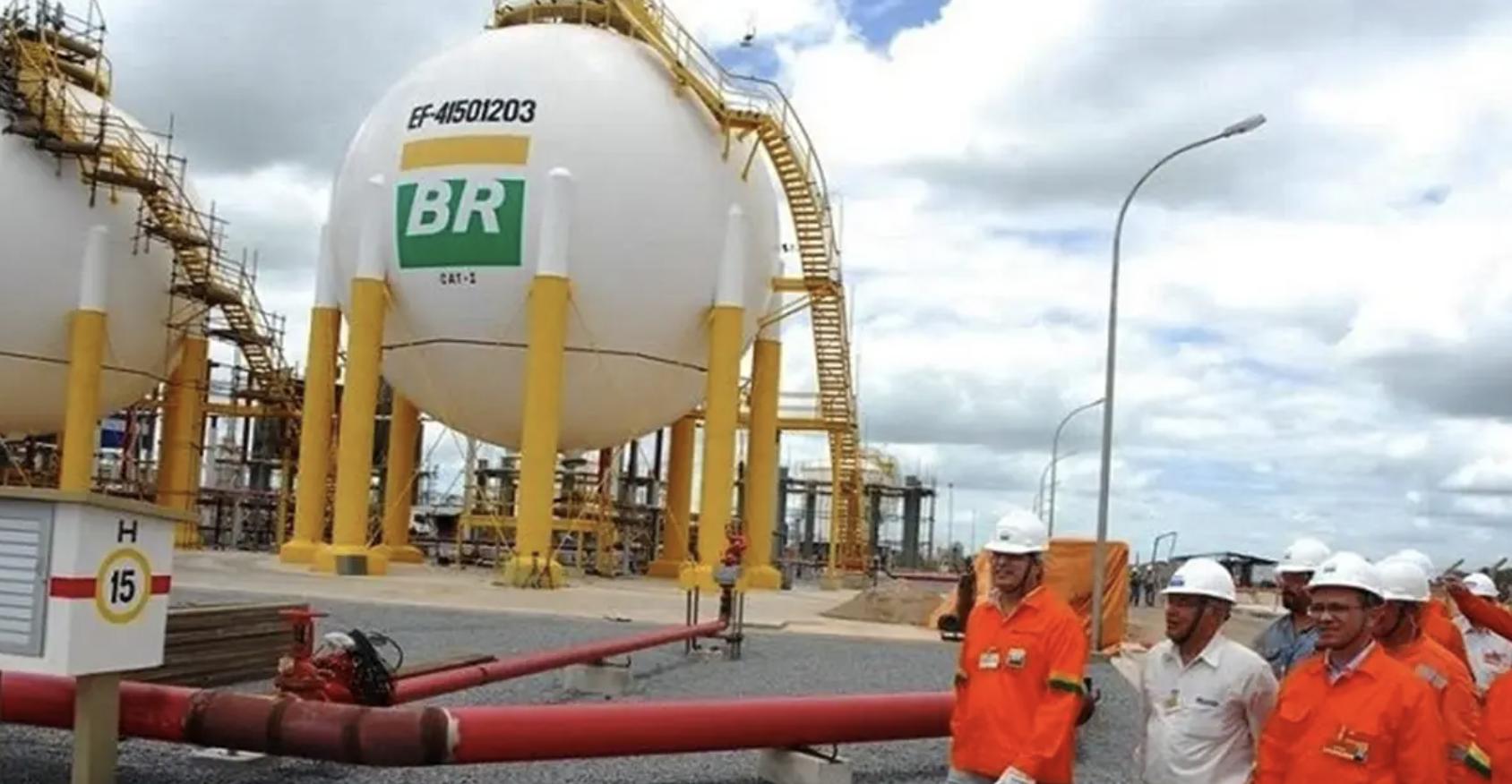 """Shell compra Gaspetro. """"O dia em que a esperança acabou"""", diz Cláudio Oliveira"""