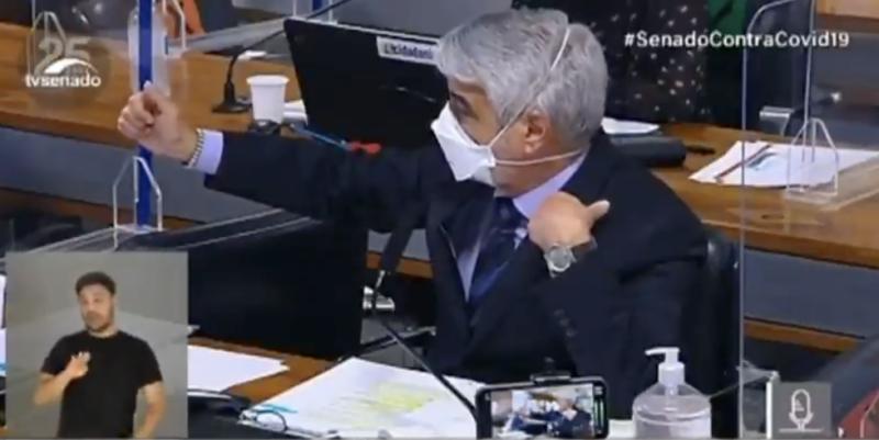 CPI quebra sigilos de Barros e Wassef e Humberto Costa denuncia que documentos falsos foram usados no caso da Covaxin; vídeo