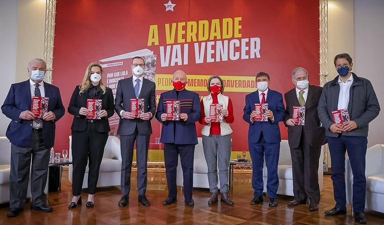 PT: Derrotados nos tribunais, Folha e Globo vão insistir na campanha de mentiras contra Lula; editoriais tentam manter tribunal da mídia