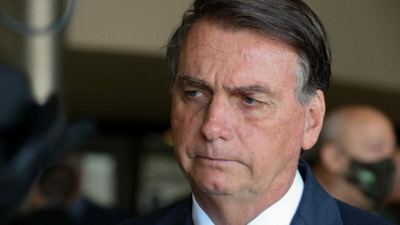 Auxílio emergencial de 800 dólares bomba nas redes depois de discurso de Bolsonaro