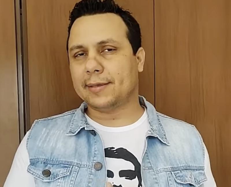 Vereador bolsonarista que batalhou contra máscaras morre de covid aos 34 anos, depois de se tratar com hidroxicloroquina