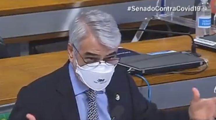 """Depois de advogada denunciar """"pacto da morte"""" entre governo e Prevent, senador Humberto Costa pergunta: onde anda o Conselho Federal de Medicina?"""