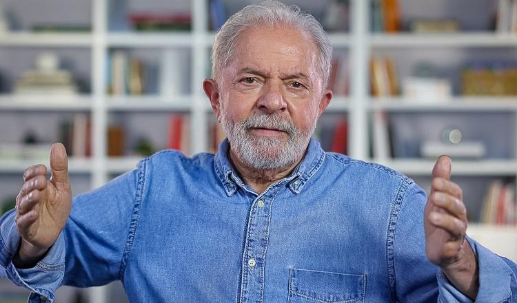 """Lula aos brasileiros neste 7 de Setembro: """"Tenho fé que vamos reconstruir este país. Com justiça, soberania e oportunidades""""; vídeo"""